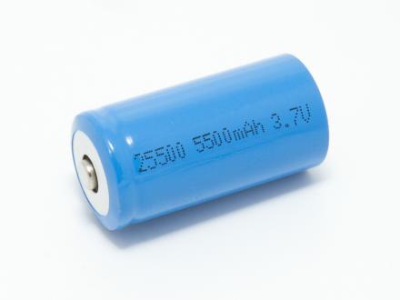 Laddningsbart Li-Ion LR14 / 25500 3,7V