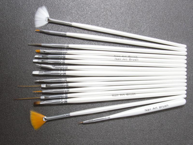 Nagelpenslar 15-pack