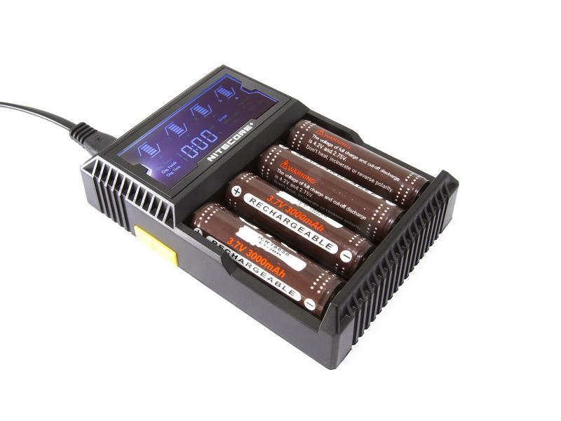 Laddare för Li-Ion batterier Nitecore Digicharger D4