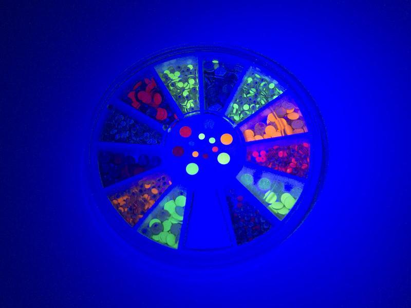 Nagelnitar - Fluorescerande, runda